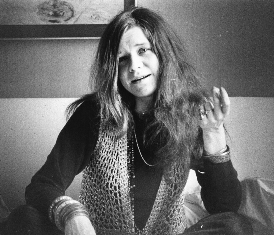 . 5th April 1969:  American blues-rock singer Janis Joplin (1943 - 1970), of the group Big Brother and the Holding Company.  (Photo by Evening Standard/Getty Images)