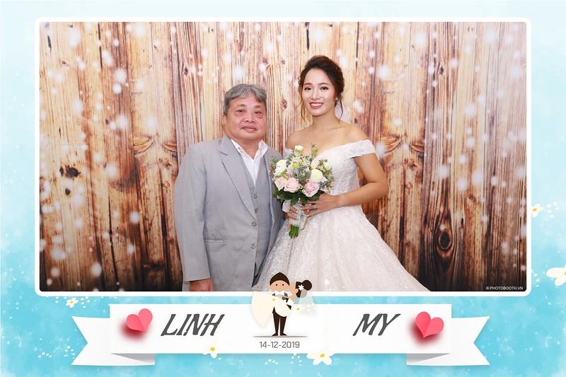 Linh-My-wedding-instant-print-photo-booth-in-Ha-Noi-Chup-anh-in-hnh-lay-ngay-Tiec-cuoi-tai-Ha-noi-WefieBox-photobooth-hanoi-38.jpg