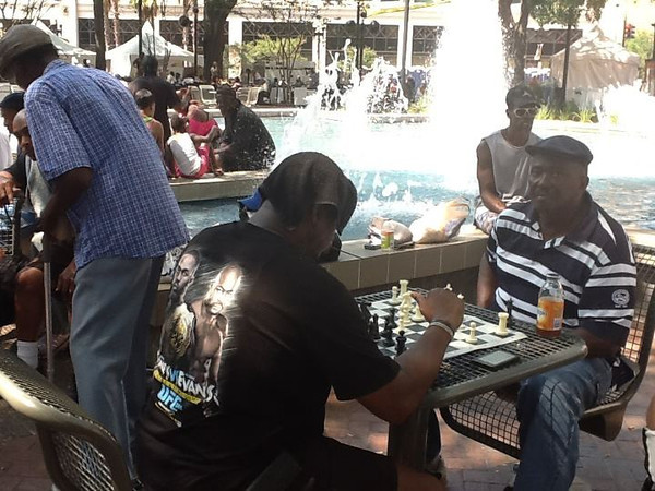chessgameatjazzfest.jpg