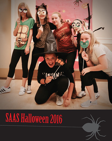 2016 Middle School Halloween Photo Booth