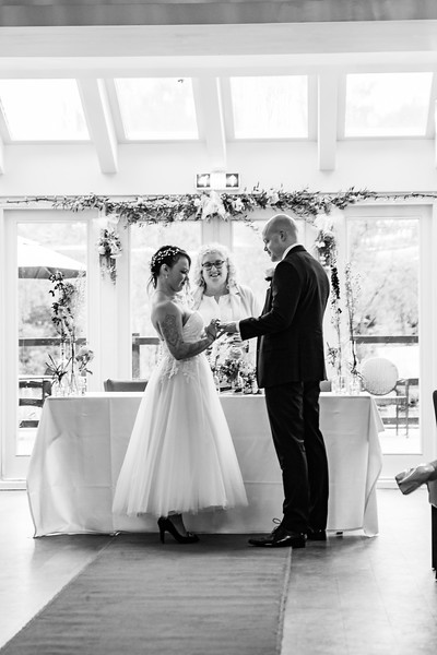 Sam_and_Louisa_wedding_great_hallingbury_manor_hotel_ben_savell_photography-0079.jpg