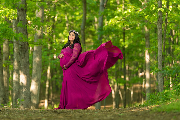 Maternity shoot in the woods  |  Sangeetha & Rajesh
