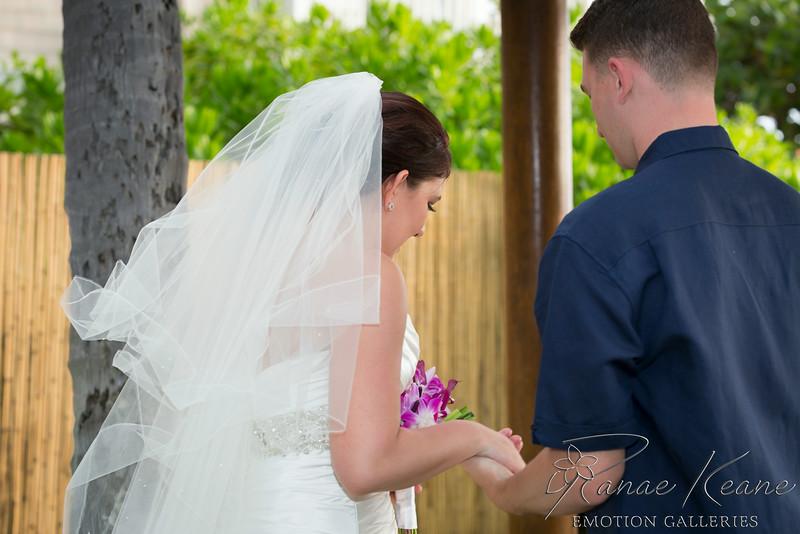 102__Hawaii_Destination_Wedding_Photographer_Ranae_Keane_www.EmotionGalleries.com__140705.jpg