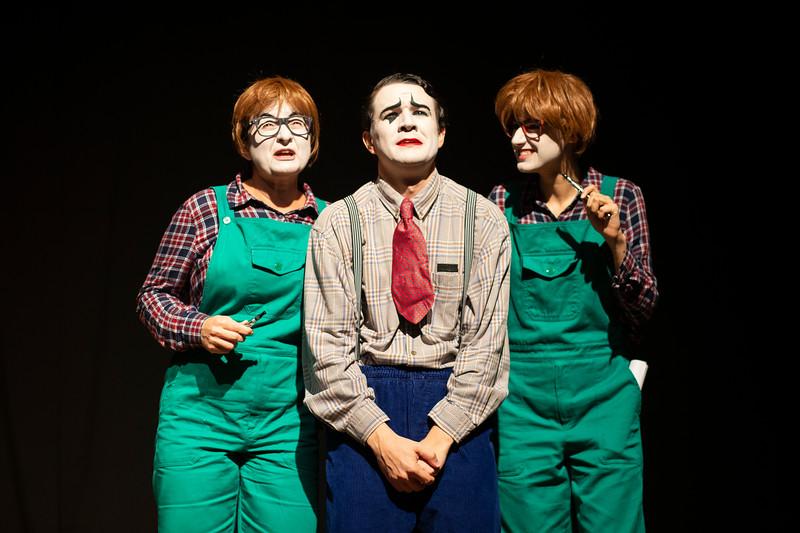 Allan Bravos - essenCIA Teatro - Persona 07-287.jpg