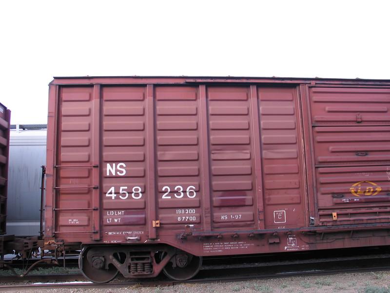 NS458236_3.JPG
