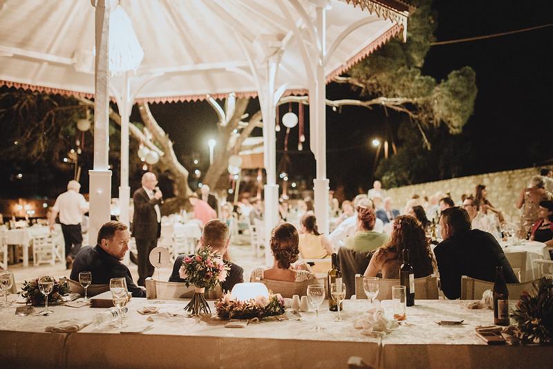 Tu-Nguyen-Wedding-Photography-Hochzeitsfotograf-Destination-Hydra-Island-Beach-Greece-Wedding-148.jpg