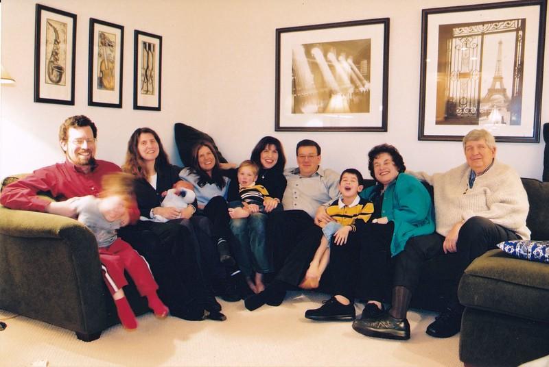 2002-12-06 Hanukkah family portrait.jpg