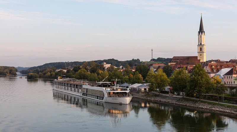 DanubeCruise-02-Vilshofen-1684.jpg