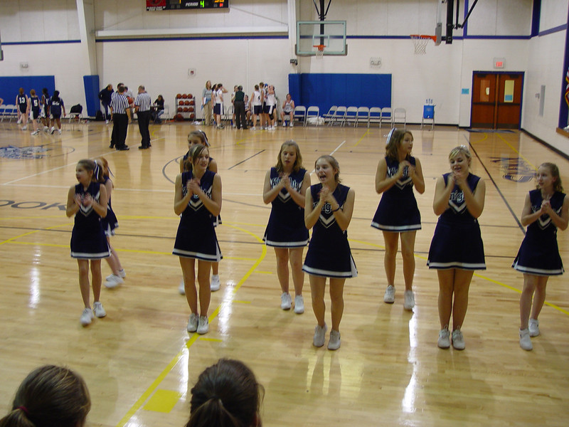 cheerleaders 013.jpg