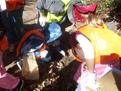 10.13.12 Watershed Scavenger Hunt with Girl Scout Troop Along Grist Mill Trail