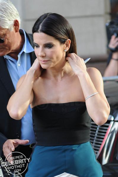 Sandra Bullock Wears Narciso Rodriguezdress To Gravity Premiere, Toronto