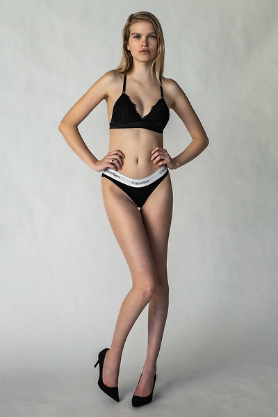 Emma-Portfolio-3429-small.jpg