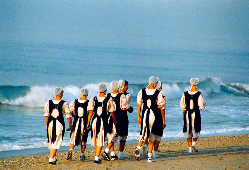 Amish Girls.JPG