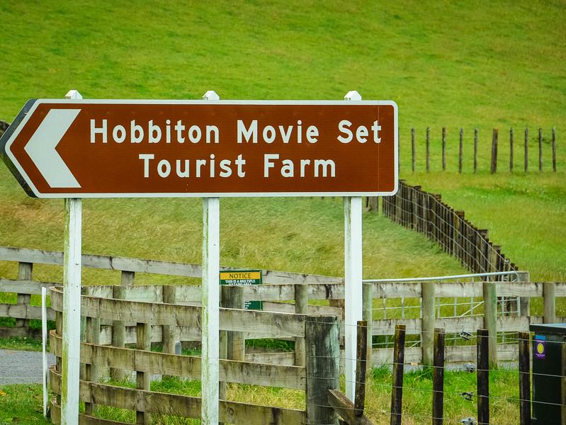 Hobbiton-1.jpg