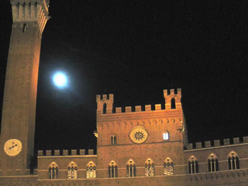 Siena Movie800.mp4