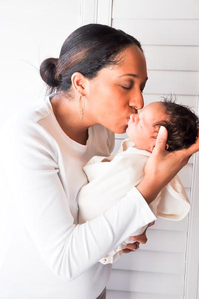 Ajani's Newborn Session (4).jpg