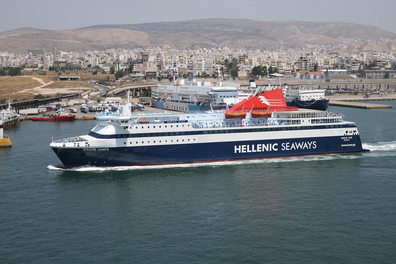2011 - F/B NISSOS CHIOS departing from Piraeus.