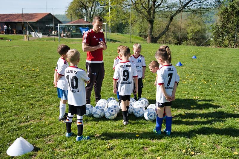 hsv-fussballschule---wochendendcamp-hannm-am-22-und-23042019-c-35_46814450925_o.jpg