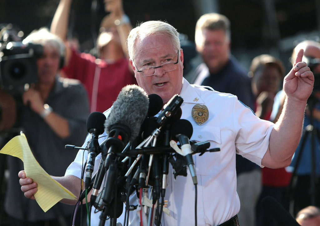 """. 1. (tie) FERGUSON POLICE <p>Six shots with a gun, zero shots with a Taser? (unranked) </p><p><b><a href=\""""http://www.nytimes.com/2014/08/18/us/michael-brown-autopsy-shows-he-was-shot-at-least-6-times.html?_r=0\"""" target=\""""_blank\""""> LINK </a></b> </p><p>    (Laurie Skrivan/St. Louis Post-Dispatch/MCT)</p>"""