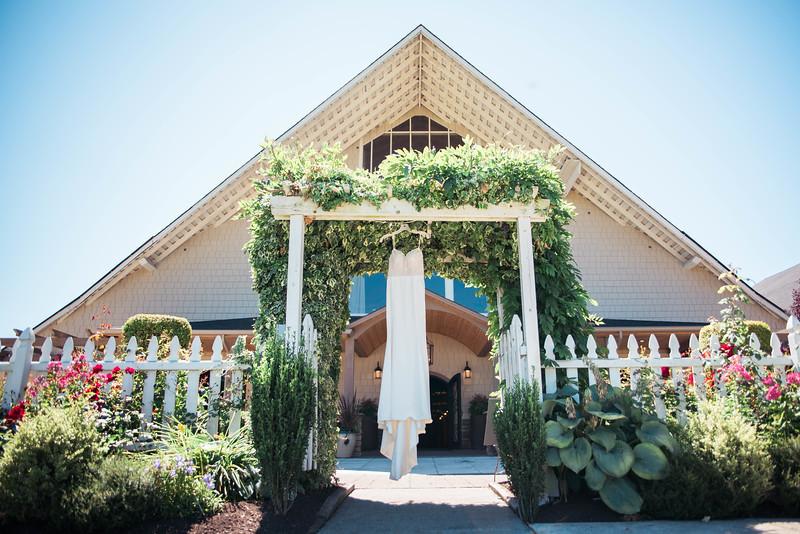 Seattle wedding photographer Lord Hill Farms Wedding-6.jpg