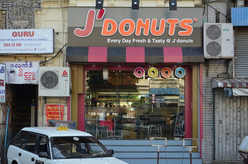 DSC_3826-j-donuts.JPG