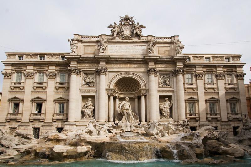 Trevi Fountain 1.jpg