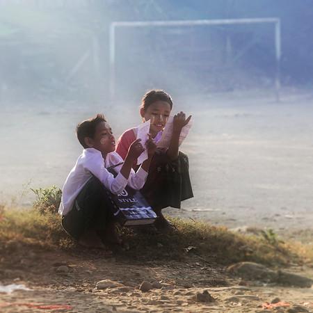 Enfants du Myanmar