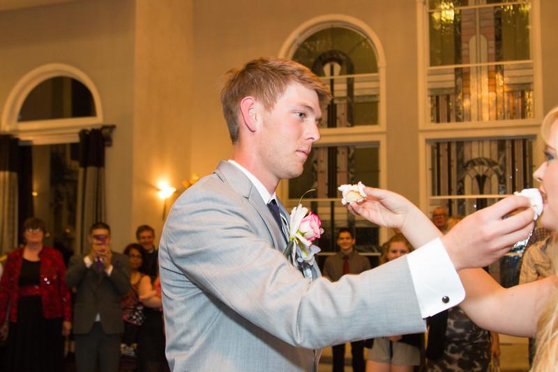 danielle-andy-wedding-photography-reception-22.jpg