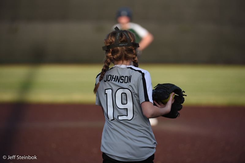 Softball - 2019-05-13 - ELL White Sox vs Sammamish (53 of 61).jpg
