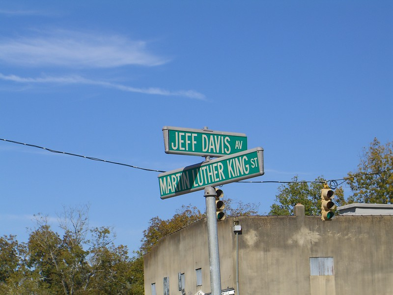Intersection in Selma