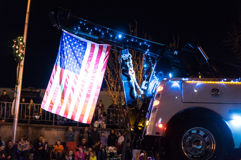Light_Parade_2015-08109.jpg