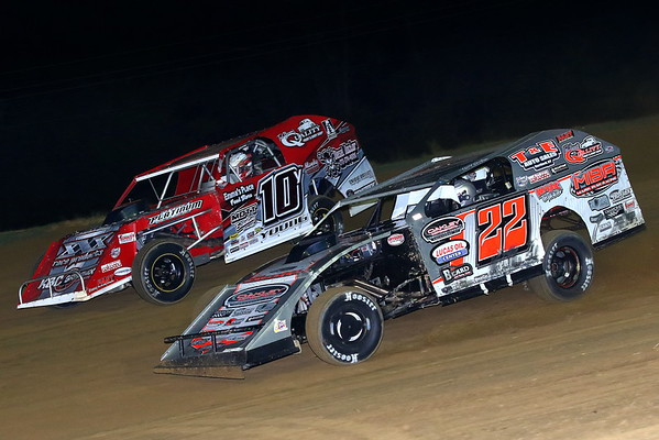 Windy Hollow Speedway; Summit AMS Outlaw 30