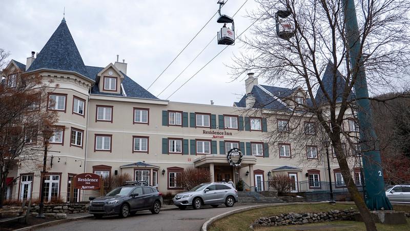 Mont-Tremblant-Quebec-Hotel-Marriott-01.jpg