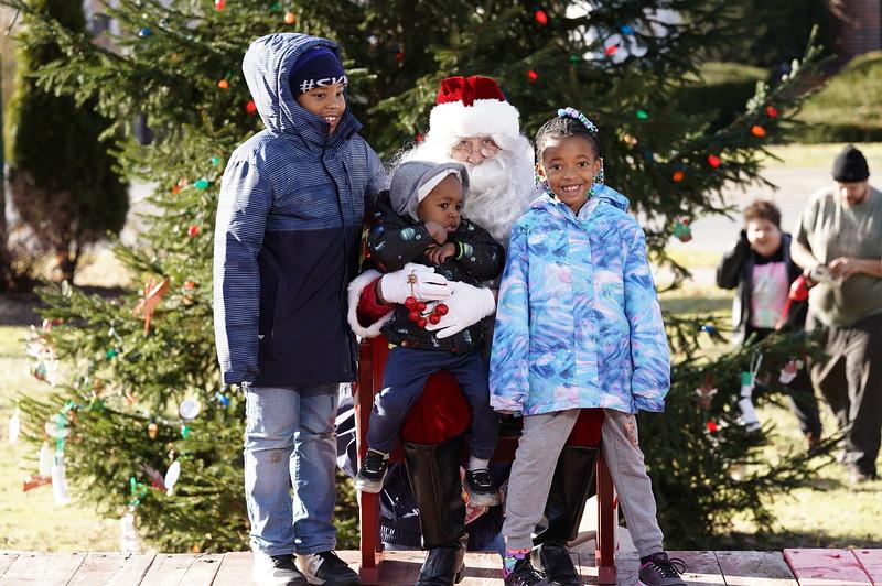 Santa In The Park 20190023.JPG