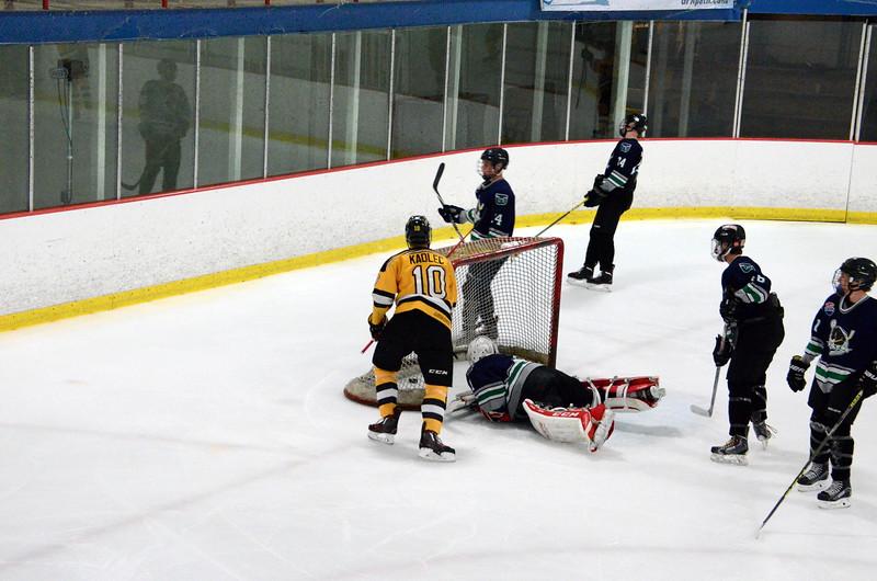 150907 Jr. Bruins vs. Whalers-026.JPG