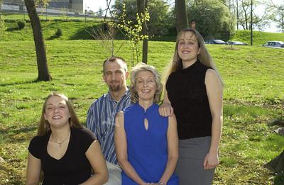 22118 Joyce Anderson family photos