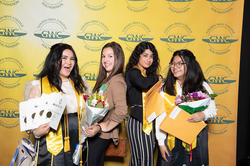 Scholarships-Awards-2019-0709.jpg