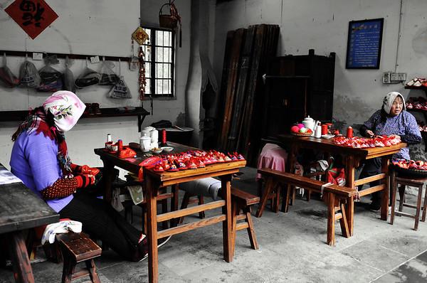烟雨周庄 ZhouZhuang Town in Drizzle