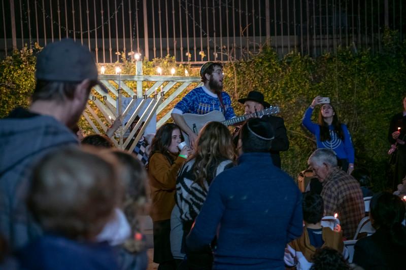 Brentwood Chabad -Chanukah855.jpg