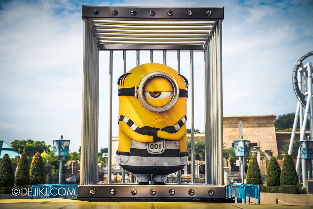 Universal Studios Singapore Park Update July 2017 - Despicable Me Minion Breakout Party event / Grumpy jailbird minion