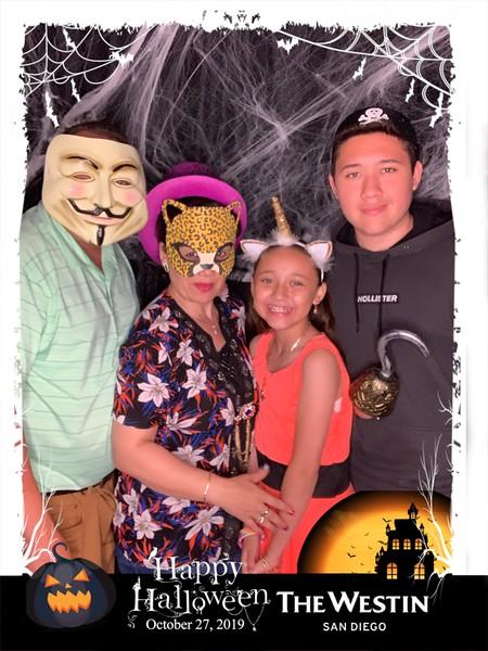 Westin_Halloween_Party_2019_photo_32.jpeg