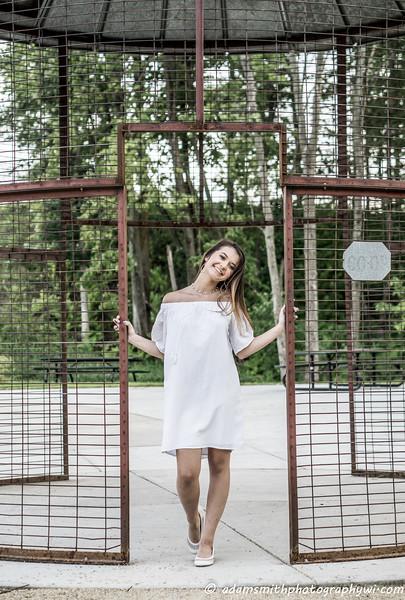Christy_Senior_Pics_Summer_Park-1.jpg