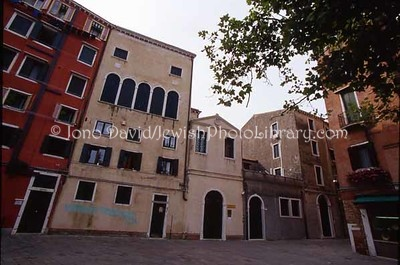 ITALY, Venice. Campo de Gheto. (2006)