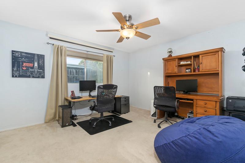 4505 Lobos 21 Guest Bedroom.jpg