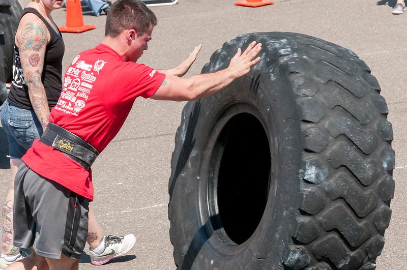 TPS Strongman 2014_ERF1790.jpg