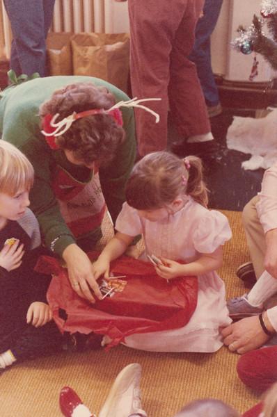 Christmas 1985 - Greenham Common_0016.jpg