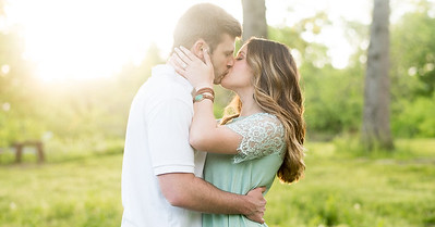 Jake and Kelsey's Knoxville Spring Engagement Pictures