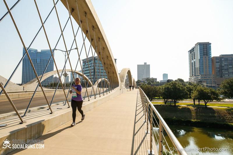 Fort Worth-Social Running_917-0524.jpg