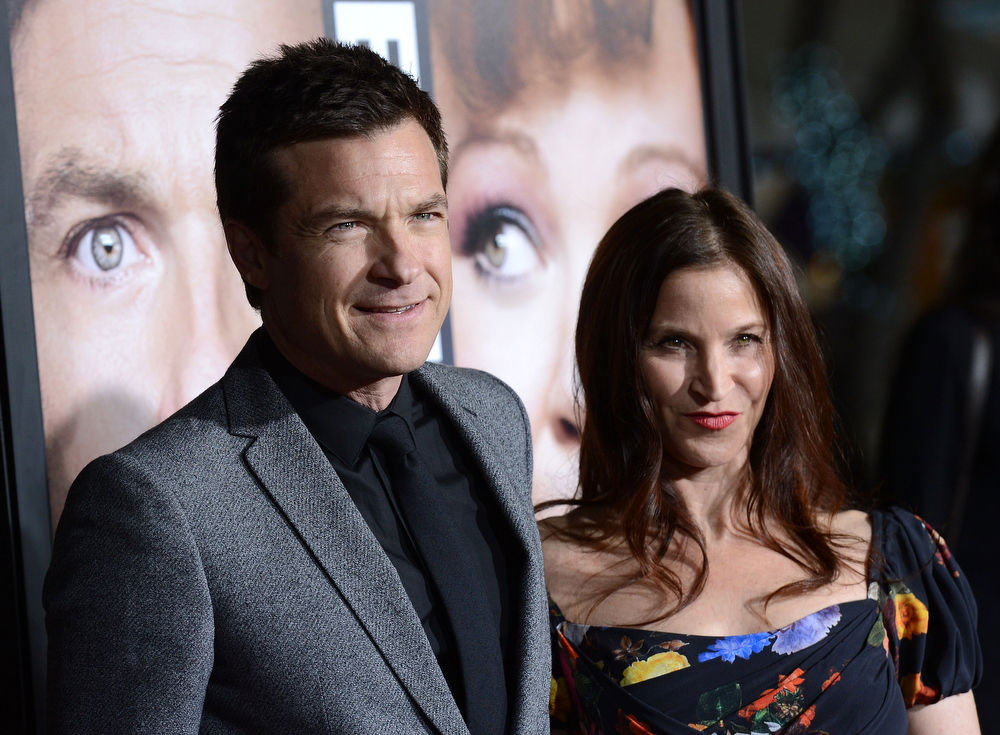 """. Actor Jason Bateman and Amanda Anka attend the Premiere Of Universal Pictures\' \""""Identity Theft\"""" on February 4, 2013 in Westwood, California.  (Photo by Jason Kempin/Getty Images)"""