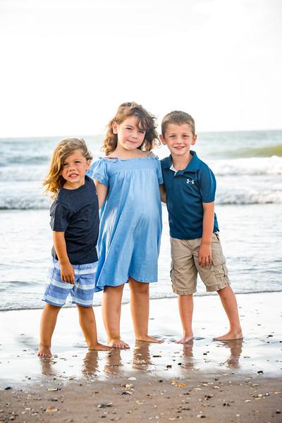 Family beach photos-120.jpg
